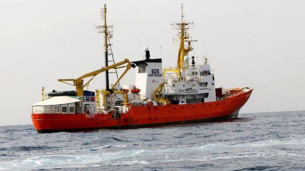 Muscat-desembarcar-Aquarius-Italia-respetar_EDIIMA20180611_0011_4